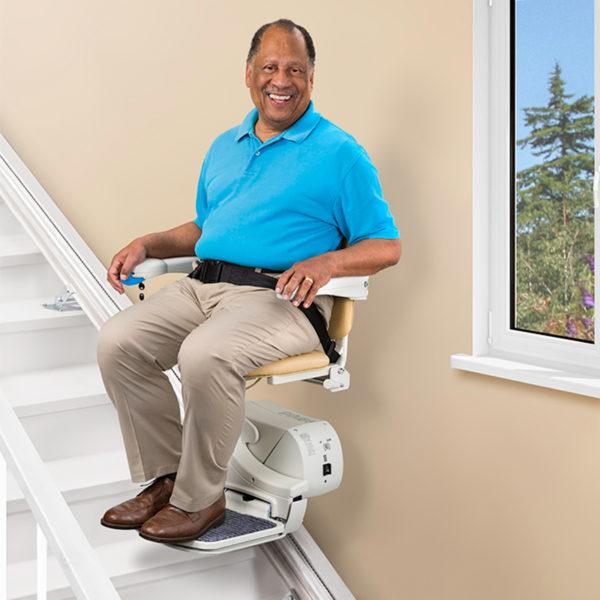 950 Straight Stairlift